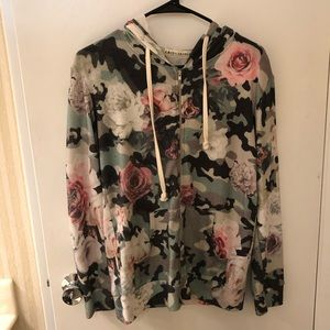 Vici Camo Rose Zip Hoodie - Size Small